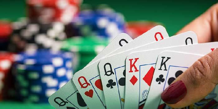 أبسط ألعاب الورق لتلعبها أونلاين